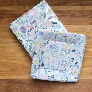 Other - Pretty plates & napkins - NEW